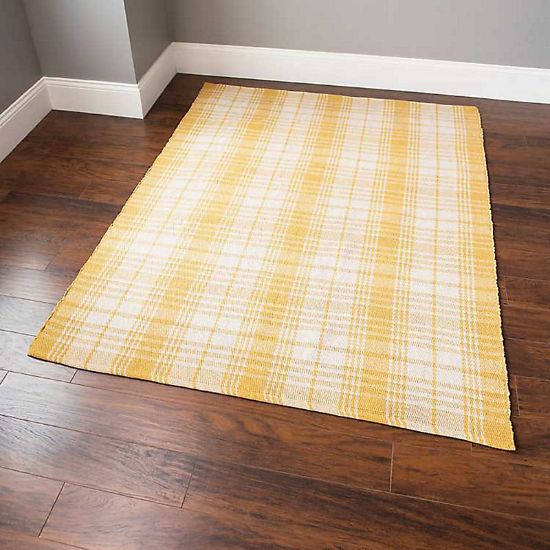 Area Rugs Up to 25% Off